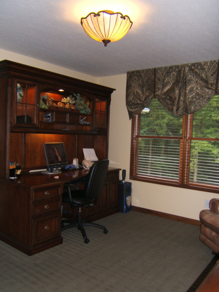 Professional Office Designed with the Comfort of Home